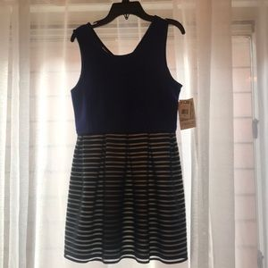 Dress for girls. Size 14